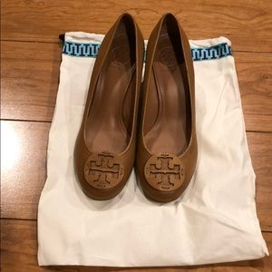 "Brand New Tory Burch 2 1/2"" Wedge Leather Shoe 9.5"
